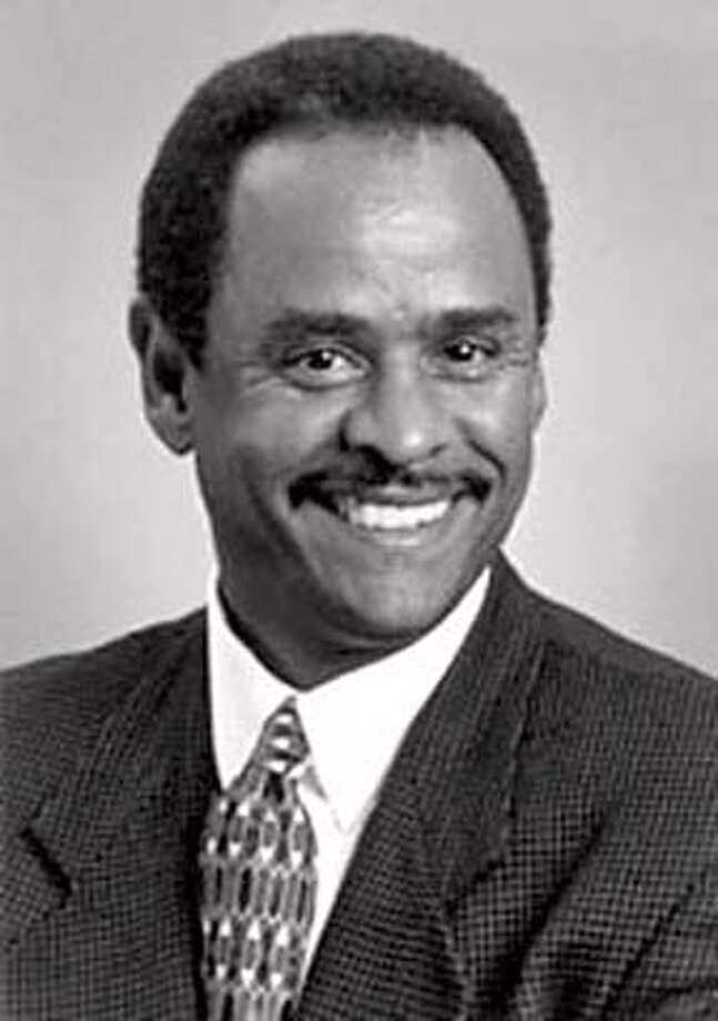 REID/B/22FEB00/MN/HO  LARRY REID, INCUMB CAND FOR OAKLAND CITY COUNCIL Ran on: 03-12-2005  Oakland City Councilman Larry Reid plans to introduce his measure in April. CAT muglet Photo: Handout
