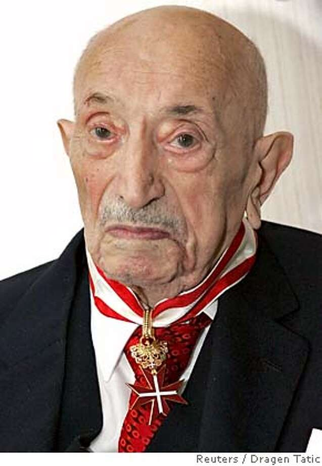 Simon Wiesenthal, the veteran Nazi hunter who helped bring more than 1,100 Nazi war criminals to trial is seen in this June 2005 file photo. Wiesenthal has died in Vienna at the age of 96, the Simon Wiesenthal Center said on September 20, 2005. Wiesenthal, born in 1908 in what is now Ukraine, helped to catch major figures such as Adolf Eichmann, one of Hitler's chief henchmen in the campaign to exterminate Jews, and Franz Stangl, ex-commandant of the Treblinka death camp. REUTERS/HBF/Dragen Tatic 0 Photo: STRINGER/AUSTRIA