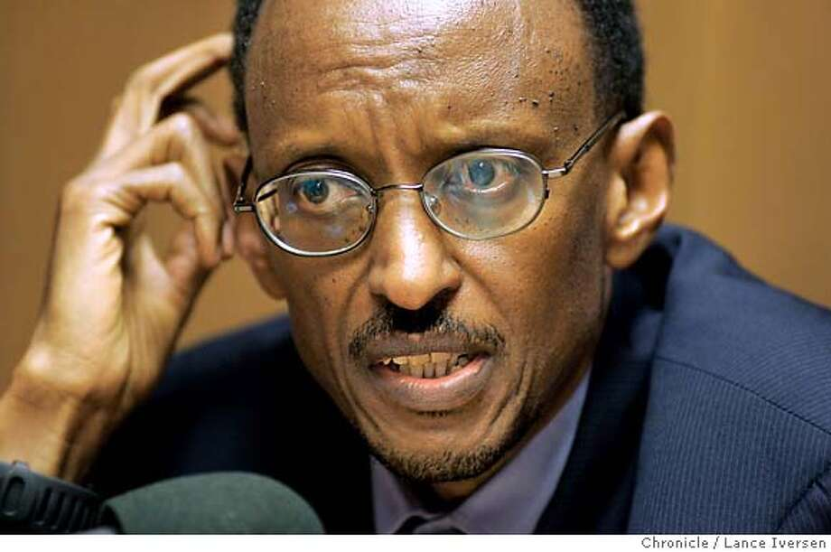 KAGAME21_12598.JPG  The San Francisco Chronicle Editorial Board meets with Paul Kagame, president of Rwanda Tuesday. March 20, 2007. SAN FRANCISCO, CA By Lance Iversen/The Chronicle  SUBJECT: PRESIDENT PAUL KAGAME Photo: By Lance Iversen