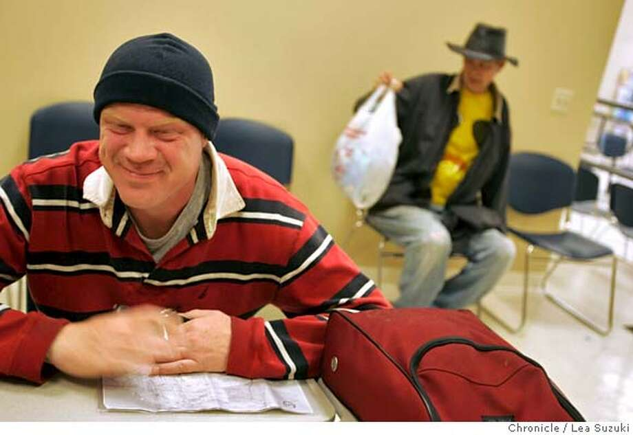 freeclinic_160_ls.JPG  (left) Alex Crites stopped in at the Haight Ashbury Free Medical Clinic to have a document copied and to wash a load of clothes.  Haight Ashbury Free Medical Clinic opens in San Francisco on Monday, March 19, 2007. Photo taken on 3/19/07, in San Francisco, CA. Photo by Lea Suzuki/ The Chronicle ()cq MANDATORY CREDIT FOR PHOTOG AND SF CHRONICLE/NO SALES-MAGS OUT. Photo: Lea Suzuki