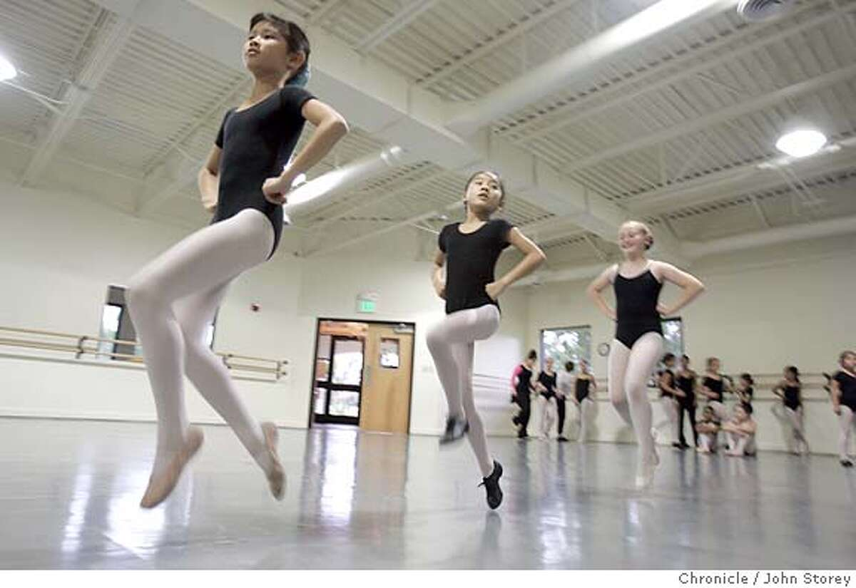 Madhot_jrs_0355.jpg Left to Right: Madeline Chan, Arynn Kwan, Gabriella Brignetti. Kids learn Folk Dancing at the Presidio Dance Theater. John Storey San Francisco Event on 9/9/05 MANDATORY CREDIT FOR PHOTOG AND SF CHRONICLE/ -MAGS OUT