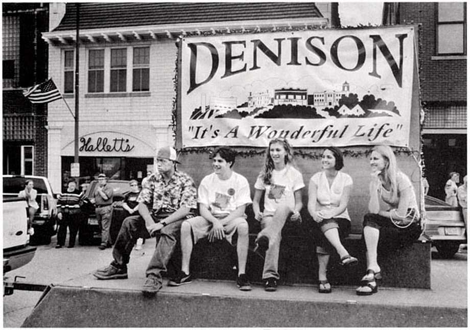 A float in the Donna Reed Festival parade. on 9/8/05 in . / HO
