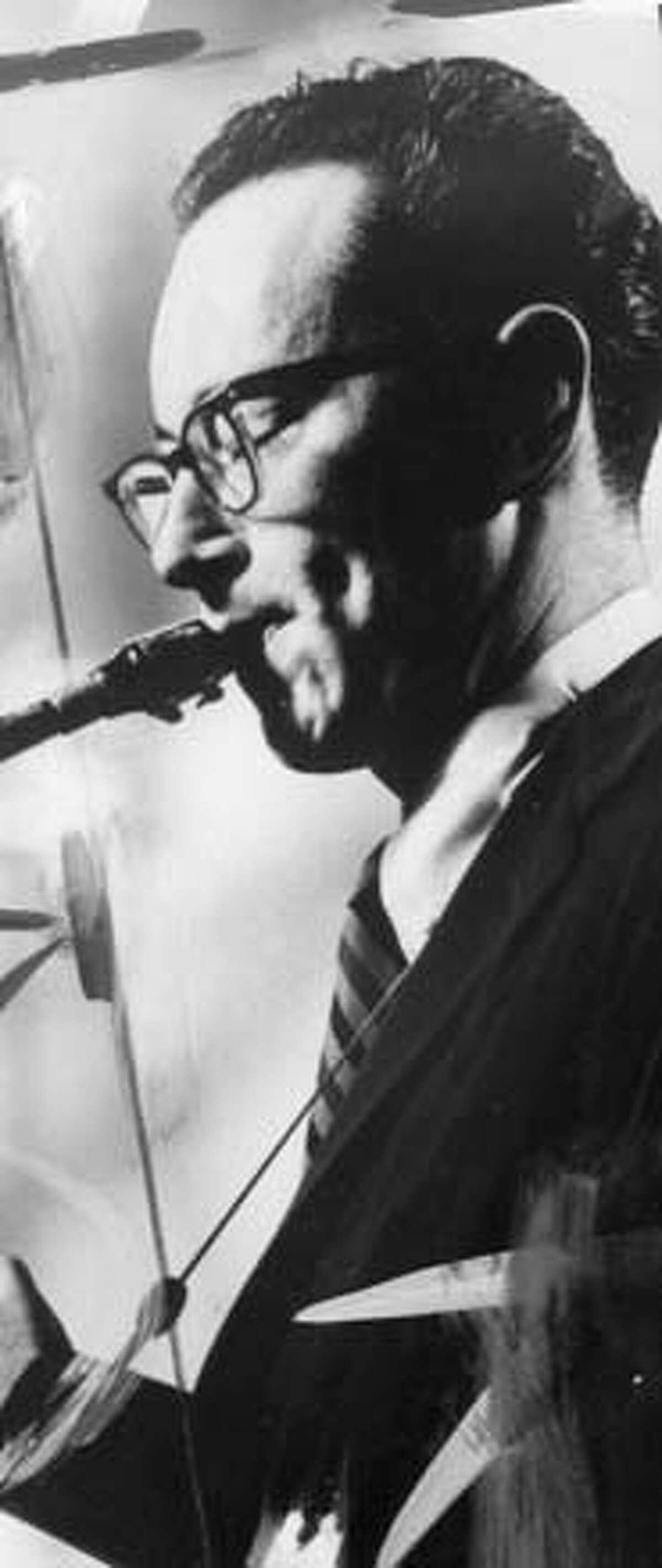 Jazz saxophonist Paul Desmond, photograph from 1964