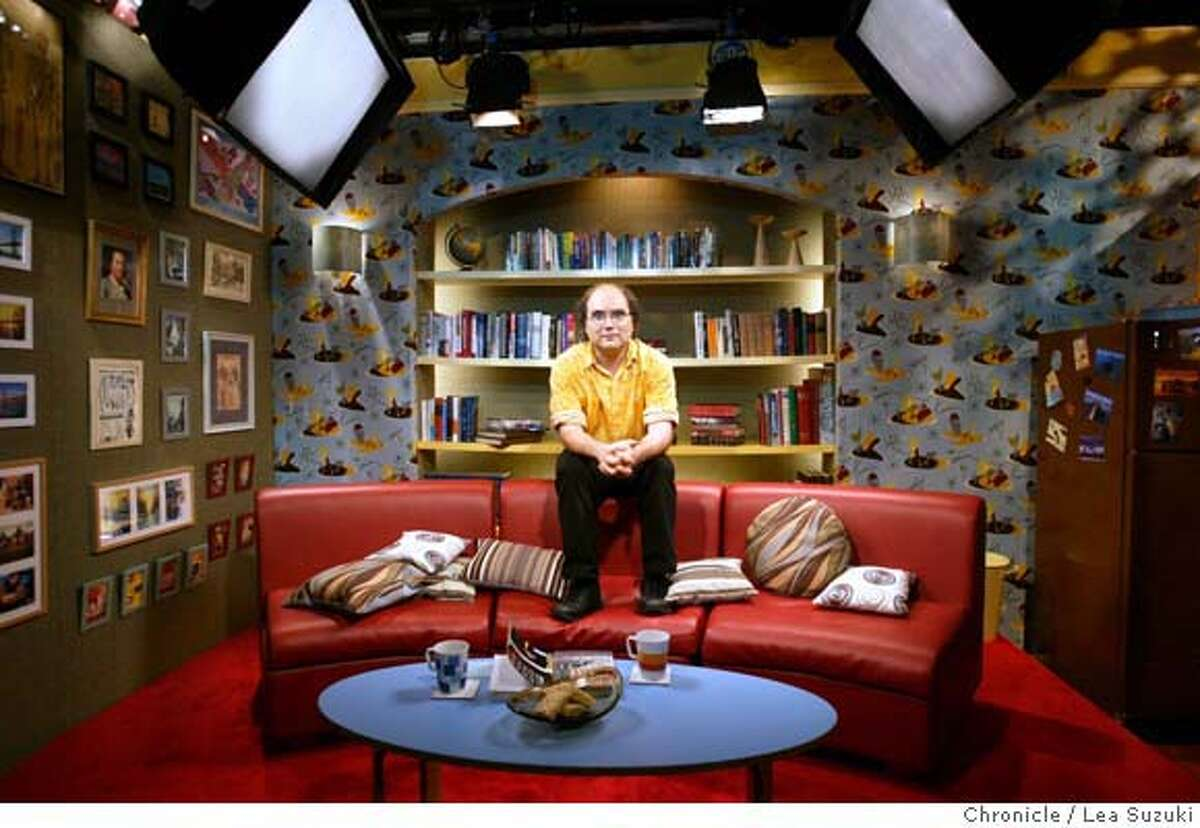 KORNBLUTH08004se.JPG On 9/2/05 in San Francisco. Local movie maker and monologuist Josh Kornbluth has a new talk show on KQED. Photographed on the set. Chronicle Photo by Shelley Eades