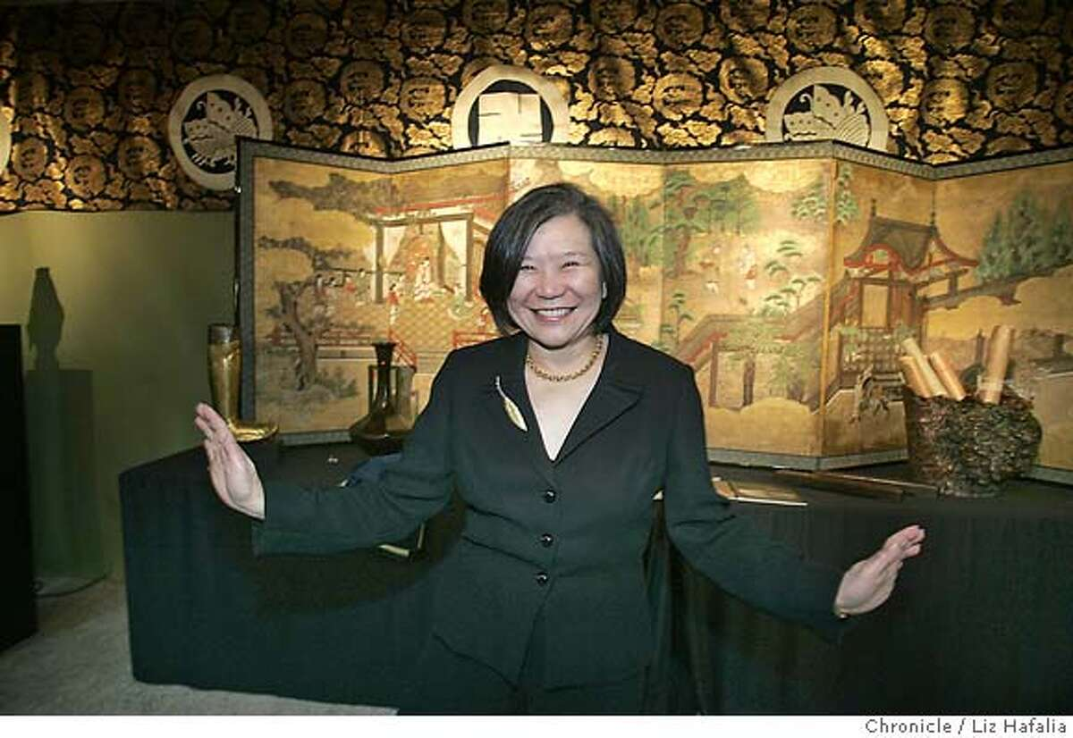 SFIS1507_ASIA_PH39_LH.jpg Emily Sano, director of the Asian Art Museum at The Art of Pacific Asia show--a fundraiser for the Asian Art Museum at Fort Mason. cq--Emily Sano Photographed by Liz Hafalia in san francisco on 2/1/07
