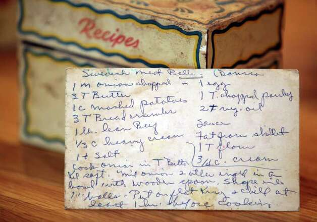The hand written recipe for Eric Johnson's mother's Swedish Meat Balls is still kept in her original recipe box, in the kitchen of Nancy and Eric Johnson,   Friday, Jan. 13, 2012.  Photo Bob Owen/rowen@express-news.net Photo: BOB OWEN, SAN ANTONIO EXPRESS-NEWS / rowen@express-news.net