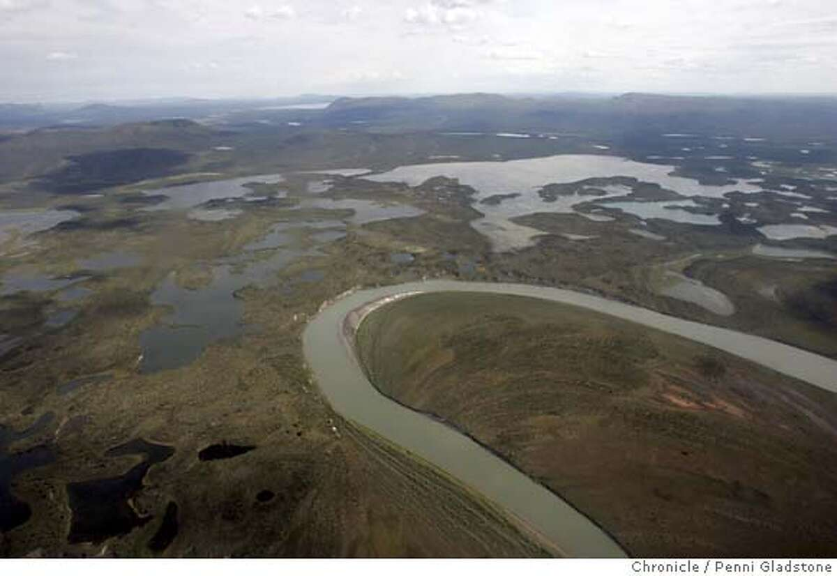 ALASKA_710_PG.JPG Flying into ANWR past the lakes and river of Arctic Village. The San Francisco Chronicle, Penni Gladstone Photo taken on 6/16/05, in ANWR, Alaska,
