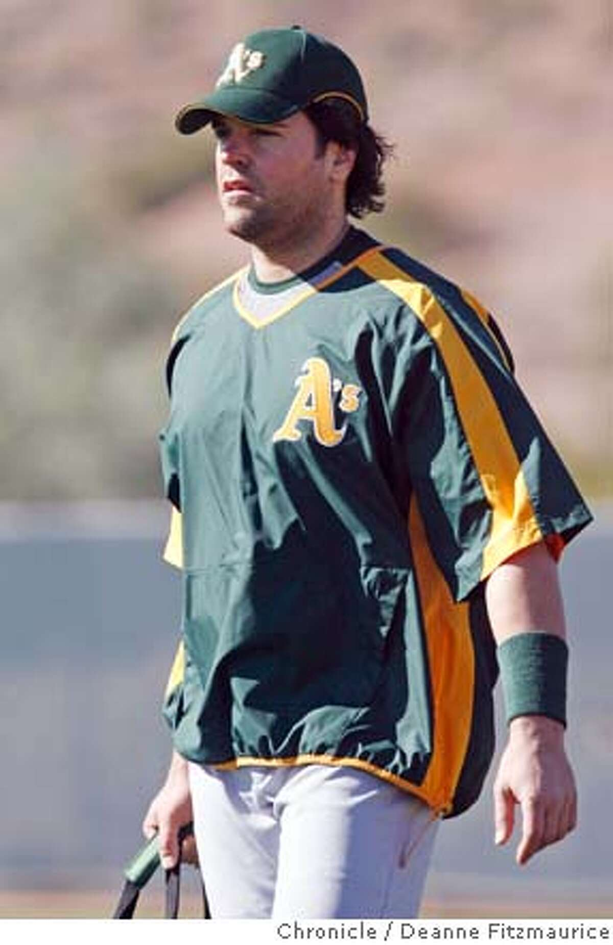 athletics_165_df.jpg Mike Piazza arrives at spring training for the Oakland A's. The Oakland Athletics have a spring training workout at Papago Park. Photographed in Phoenix on 2/22/07. Chronicle Photo / Deanne Fitzmaurice Mandatory credit for photographer and San Francisco Chronicle. No Sales/Magazines out.