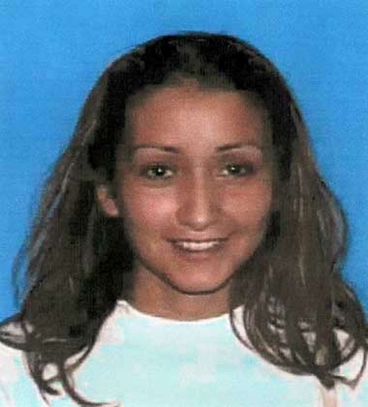 CHASEDIE24.JPG Mug shot of suspect Laura Medina, 21 / HO Ran on: 06-24-2004 Michelle Dickerson, 18, died in a crash after the car she was in was chased down an East Bay freeway. Ran on: 06-24-2004 Michelle Dickerson, 18, died in a crash after the car she was in was chased down an East Bay freeway. Ran on: 01-30-2007 Laura Medina