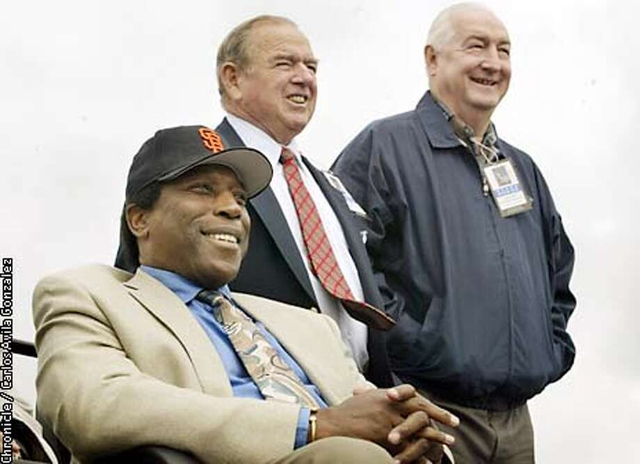 MCCOVEY220_CAG.JPG  Former Giant, Willie McCovey, honored at the unveiling of a statue in his honor at McCovey Point on Sunday, May, 4, 2003, outside Pacific Bell Park. Former Giants Teammates Hobie Landrith and Tom , at right, also attended the ceremony. Event on 05/04/03 in SAN FRANCISCO, CA. Photo By CARLOS AVILA GONZALEZ / The San Francisco Chronicle Photo: CARLOS AVILA GONZALEZ