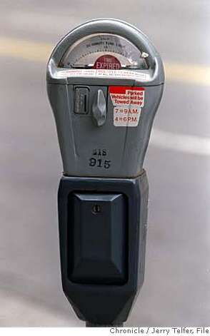 "PARKING1/C/02JUL98/MN/JLT SF parking meter, showing ""expired"" flag.  BY JERRY TELFER/THE CHRONICLE Photo: JERRY TELFER"