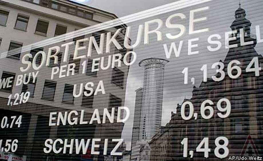 euro_5/20/2003_B/W_5star_Business_b5_46p4 x 4_kc 8705 Photo: UDO WEITZ