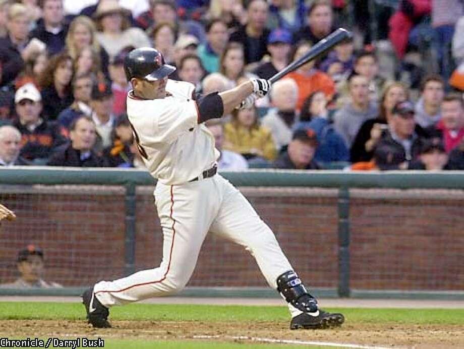 giants alfonzo_05/17/03_COLOR_5star_Sports_c1__bob Photo: DARRYL BUSH