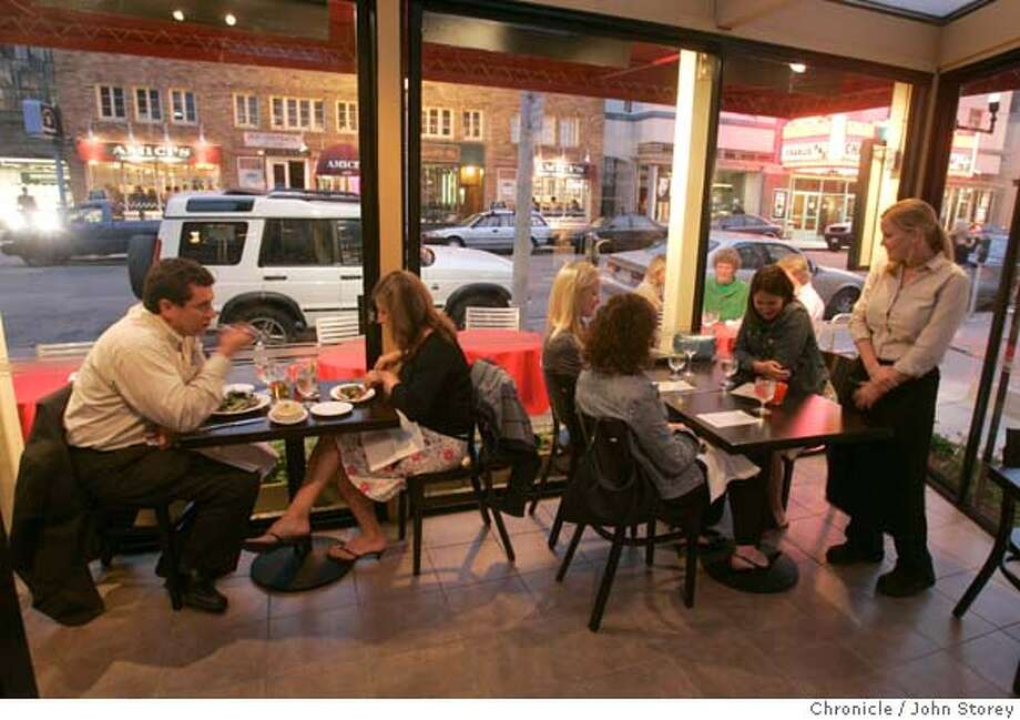 "Review of the restaurant, ""Home"" in San Francisco. John Storey San Francisco Event on 7/26/05  - Photo: John Storey"