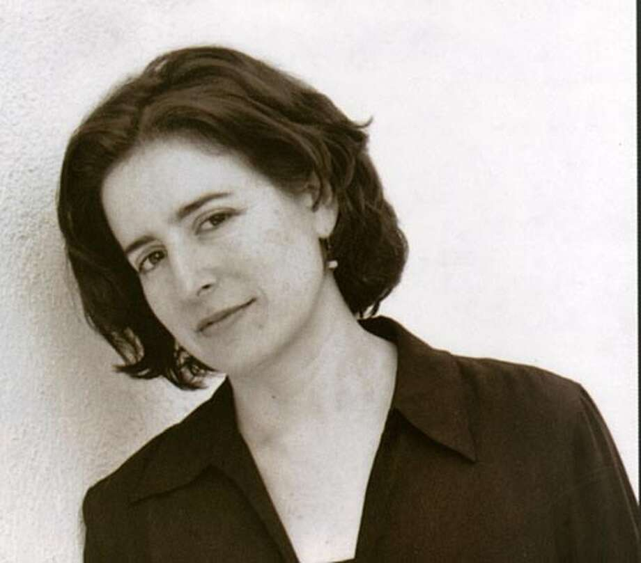 Photo of author Aimee Bender. Photo credit: D. Bender BookReview#BookReview#Chronicle#08-14-2005#ALL#2star#c4#0423164547