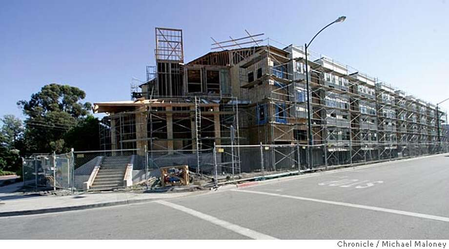 HOUSINGTRUST07_008_MJM.jpg  200 San Antonio Place is a new multi-unit single occupancy building that the Santa Clara Housing Trust is putting up for low-income workers in Mountain View.  Photo by Michael Maloney / San Francisco Chronicle MANDATORY CREDIT FOR PHOTOG AND SF CHRONICLE/ -MAGS OUT Photo: Michael Maloney