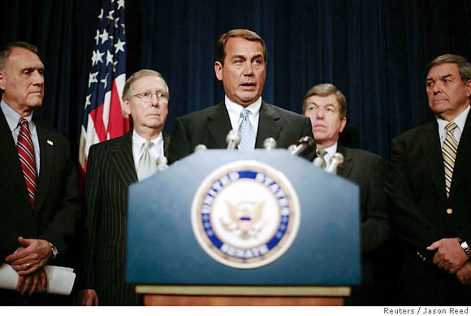 U.S. House minority leader John Boehner (R-OH), flanked by other Senate and House Republicans, speaks to the media on the Iraq resolution currently under debate in Washington February 16, 2007. The Democratic-controlled House was set to vote late on Friday on a symbolic resolution supporting U.S. forces in Iraq but opposing the Republican president's decision to send another 21,500 troops. Also pictured are (L-R) Senator Jon Kyl (R-AZ), Senate Minority leader Mitch McConnell (R-KY), Rep. Roy Blunt (R-MO) and Rep. Duncan Hunter (R-CA). REUTERS/Jason Reed (UNITED STATES) Photo: JASON REED