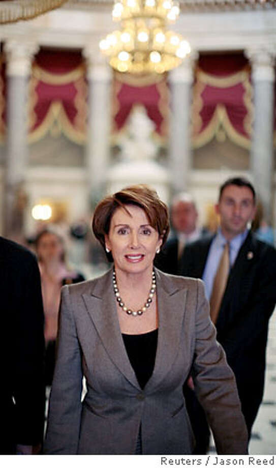 U.S. House Majority leader Nancy Pelosi (D-CA) walks from her Capitol Hill office to the floor of the House of Representatives for a vote on the Iraq resolution in Washington, February 16, 2007. The Democratic-controlled House was set to vote late on Friday on a symbolic resolution supporting U.S. forces in Iraq but opposing the Republican president's decision to send another 21,500 troops. REUTERS/Jason Reed (UNITED STATES) Photo: JASON REED