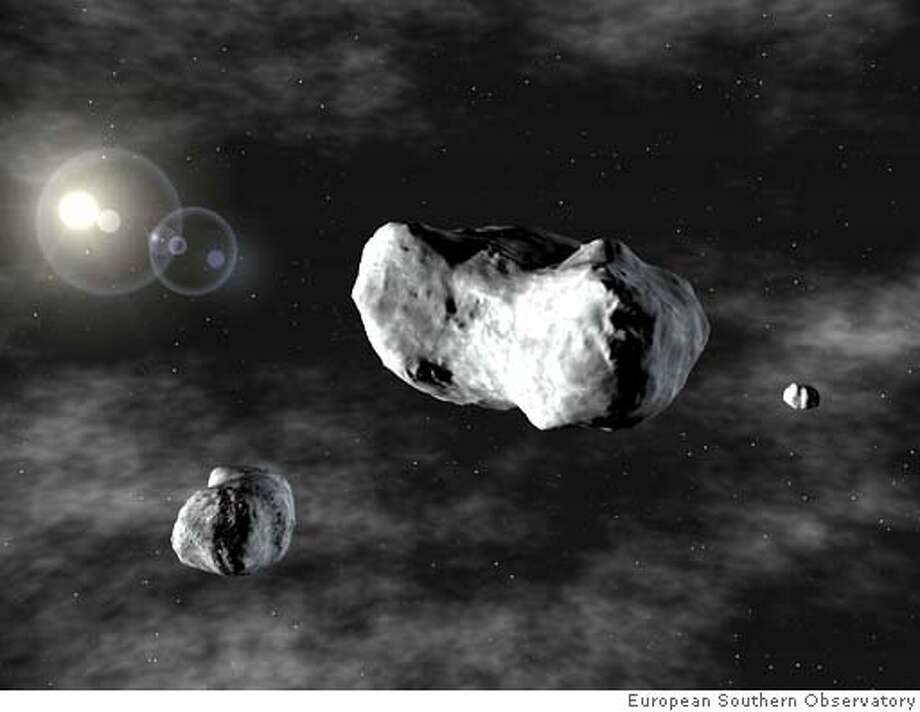 Asteroids triple - This is the image to go with Asteroids11. Credit: European Southern Observatory Photo: European Southern Observatory