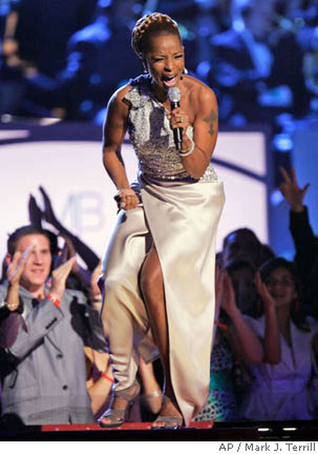 Mary J. Blige performs at the 49th Annual Grammy Awards on Sunday, Feb. 11, 2007, in Los Angeles. (AP Photo/Mark J. Terrill) Photo: Mark J. Terrill