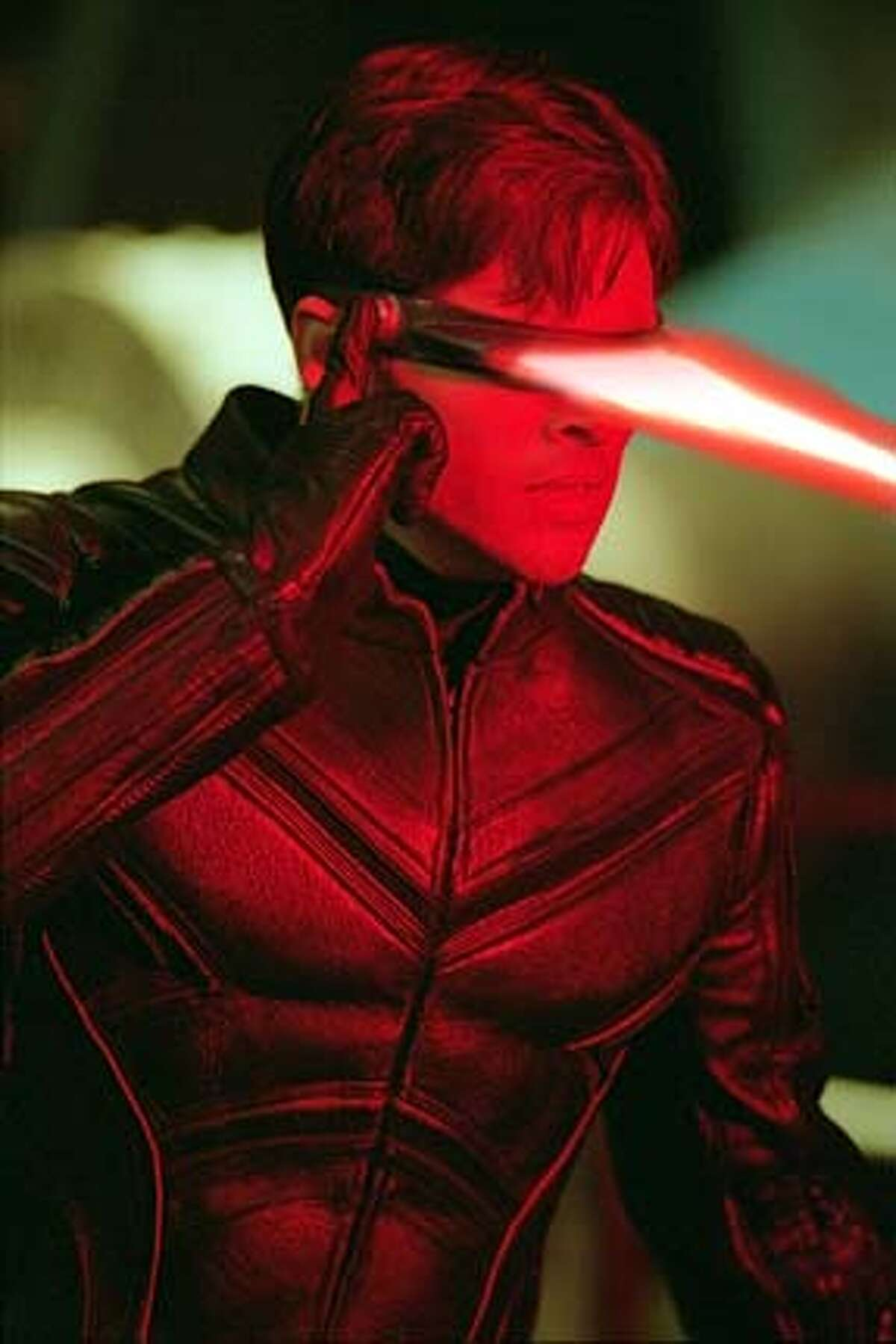 THIS IS A HANDOUT IMAGE. PLEASE VERIFY RIGHTS. Cyclops ( James Marsen) releases an energy beam against a deadly foe in the 2003 twentieth Century Fox production of X-Men2 HANDOUT PHOTO/VERIFY RIGHTS AND USEAGE
