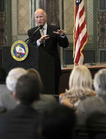Governor Jerry Brown speaks to city and community leaders at the Public Works Board Room inside Los Angeles City Hall on Wednesday Jan. 18, 202, after he delivered the State of the State address earlier at the State Capitol in Sacramento. Photo: Michael Macor