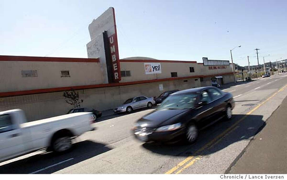 HOMEDEPOT_0007.JPG_ The proposed Homedepot site, at the end of Cortland on Bayshore blvd. The old Goodman lumber store. A nearly 10-year struggle to bring the first Home Depot to San Francisco may finally be coming to a close. The big box store loathed by Bernal Heights residents who say it will change the flavor of their quiet neighborhood and put smaller competitors out of business goes before the city�s planning commission next Thursday for approval. By Lance Iversen/San Francisco Chronicle