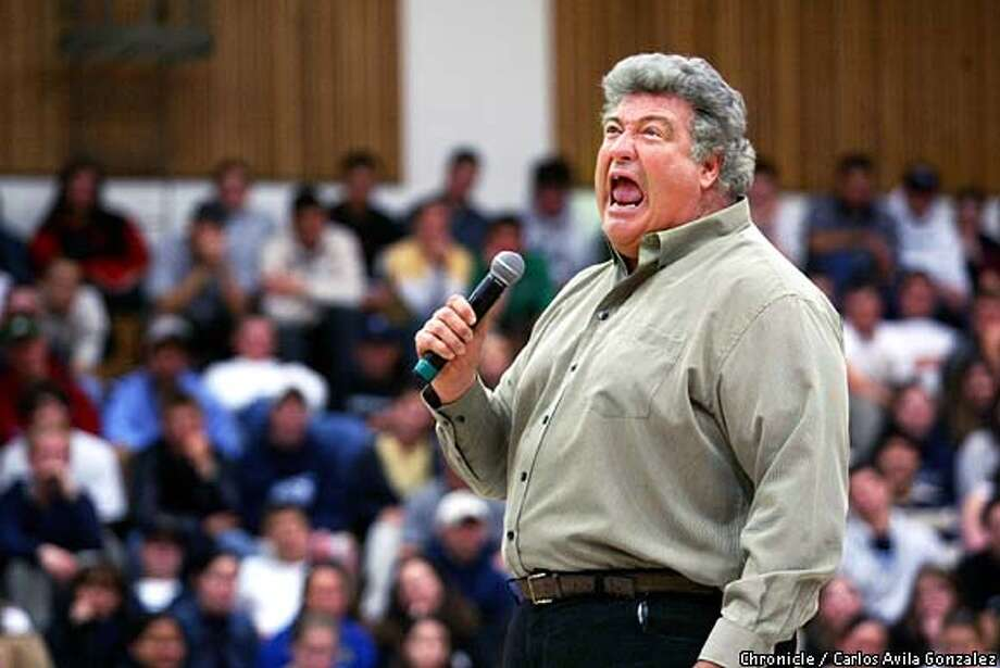 Comedian Michael Pritchard puts on his act for the students of Acalanes High School in Lafayette, Ca., on Tuesday, March 23, 2003. Pritchard performs with a serious note to inform students about the hazards of prejudice, racism, homophobia and sexism.  (BY CARLOS AVILA GONZALEZ/THE SAN FRANCISCO CHRONICLE) Photo: CARLOS AVILA GONZALEZ