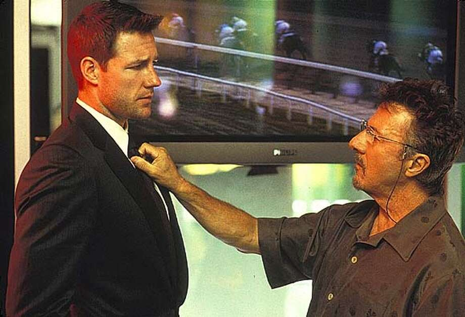 "HANDOUT:  Ed Burns and Dustin Hoffman in Lions Gate Film ""Confidence.""  For CONFIDENCE25 Photo: HO"