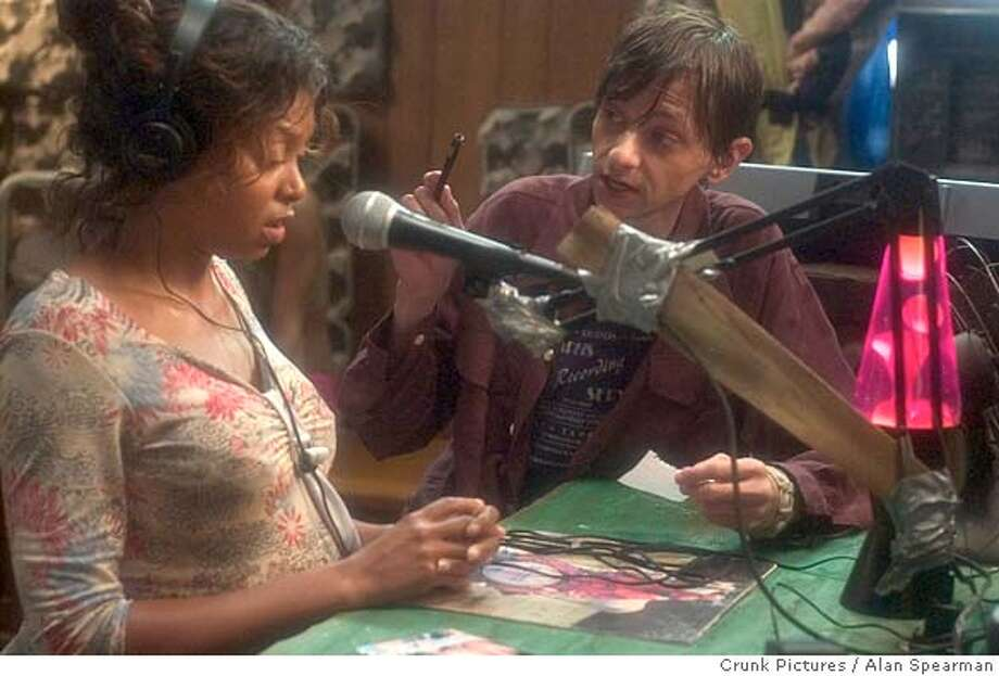 Taraji Henson as Shug and DJ Qualls as Shelbyin a scene from HUSTLE & FLOW, written and directed by Craig Brewer. Photo Credit: Alan Spearman / Crunk Pictures