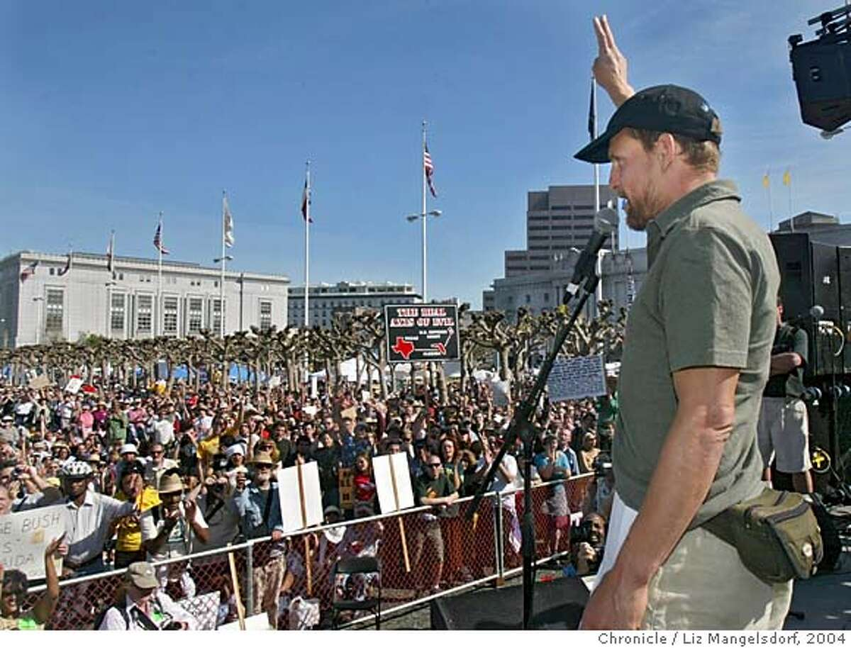 Actor Woody Harrelson address the crowd from the stage at the Civic Center after the anti-war march in San Francisco. Photo taken on 03/20/04 in San Francisco, CA Photo by Liz Mangelsdorf/ The San Francisco Chronicle.