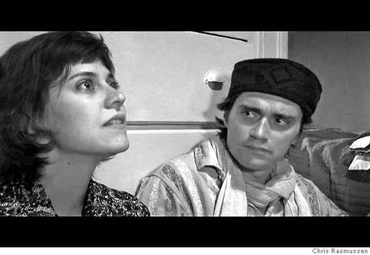 �Photo of actors: CASSIE POWELL and DAVID GAUNTLETT. Credit: Chris Rasmussen