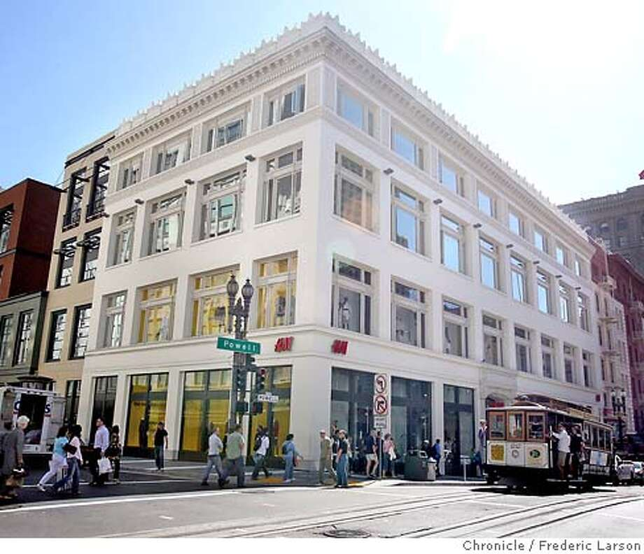 Old building facades have been restored while entirely new buildings have been placed inside for example; 150 Powell Street near Unio Square. 9/20/06  {Frederic Larson/The Chronicle} MANDATORY CREDIT FOR PHOTOGRAPHER AND SAN FRANCISCO CHRONICLE/ -MAGS OUT Photo: Frederic Larson