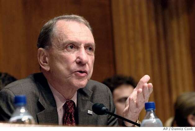 Senate Judiciary Committee Chairman Sen. Arlen Specter, R-Pa., chairs a hearing on presidential signing statements on Capitol Hill Tuesday, June 27, 2006. (AP Photo/Dennis Cook) Photo: DENNIS COOK