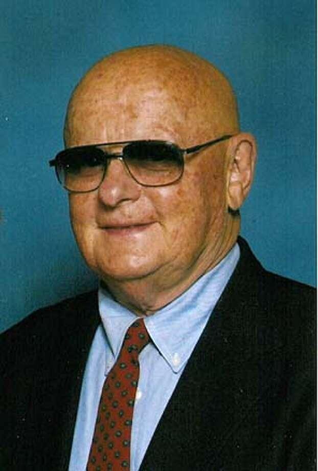 Obituary photo of Ed Canapary.