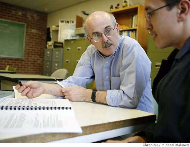 Laney College math instructor Bill Lepowsky (left) goes over math statistics with student John Kenison at Lanet College in Oakland on january19, 2007.  A nationwide movement is springing up to protect workers from harrassment at work. Eleven states have introduced legislation, although it has yet to pass in any of them. In California, a Sacramento group hopes to find a sponsor for legislation this year. Experts offer tips on combatting bullying.  Bill Lepowsky, a math professor at Laney was the target of workplace bullying several years ago. He held his ground and eventually won an apology from his tormentor and from the college -- something that's fairly unusual.  Photo taken on 1/19/07 by Michael Maloney / San Francisco Chronicle **Bill Lepowsky, John Kenison MANDATORY CREDIT FOR PHOTOG AND SF CHRONICLE/ -MAGS OUT Photo: Michael Maloney