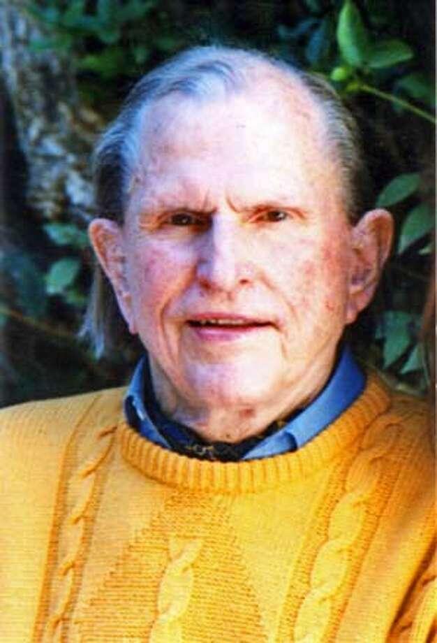 Obituary photo of Reuben Hills.