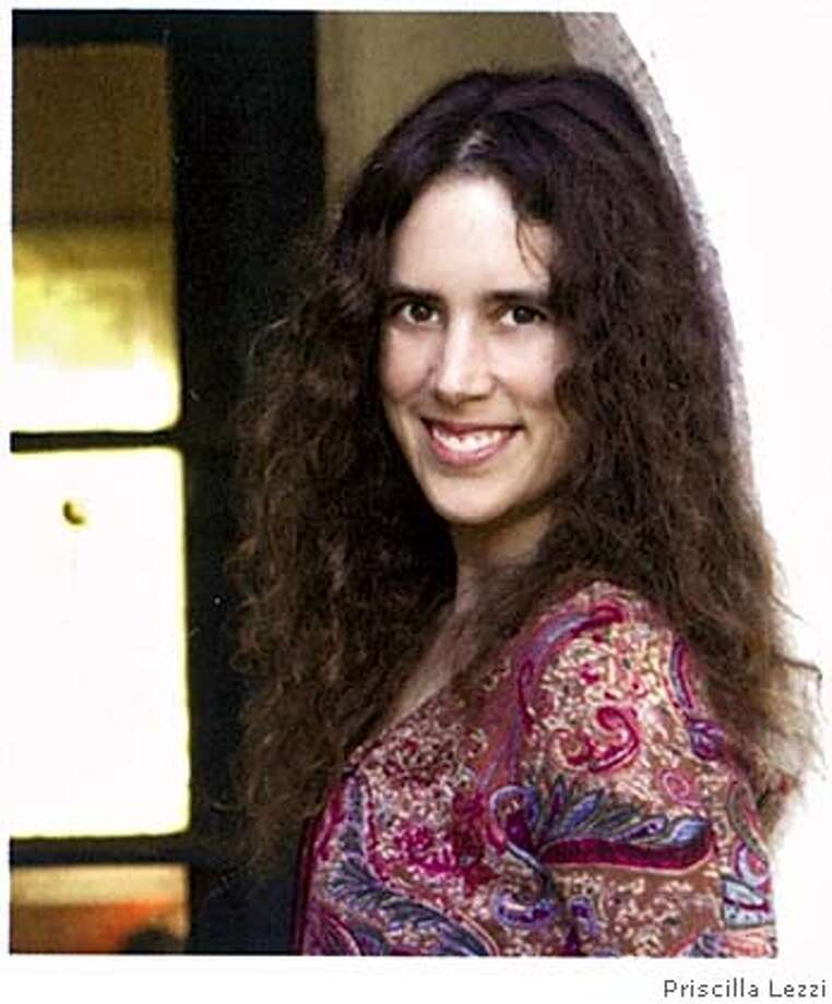 Author photo of Gayle Brandeis by Priscilla Lezzi Photo: Priscilla Lezzi