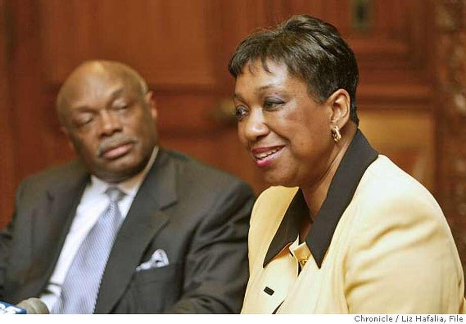 Arlene Ackerman meeting with Willie Brown. Shot on 9/25/03 in San Francisco. LIZ HAFALIA / The Chronicle Photo: LIZ HAFALIA