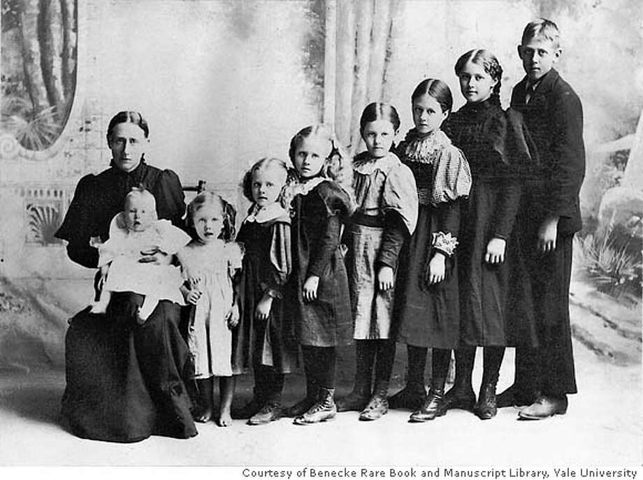 �The Stewart family in Spokane, Wash., in 1889. Studies show that each child born in the family may not only have shortened the lifespan of the parents, especially the mother, but his or her own, particularly children born late in the mother's life. Illustrates REPRODUCTION (category a), by David Brown � 2007, The Washington Post. Moved Monday, Jan. 15, 2007. (MUST CREDIT: Courtesy of Benecke Rare Book and Manuscript Library, Yale University.) Photo: HANDOUT