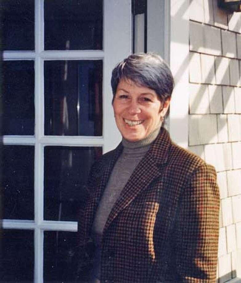 Obituary photo of Joan Lubenow to run Thursday.