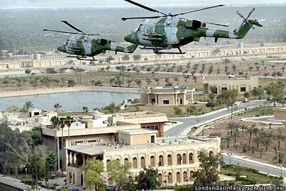 BRITISH MARK 7 LYNX HELICOPTERS PATROL OVER BASRA IN SOUTHERN IRAQ Photo: POOL