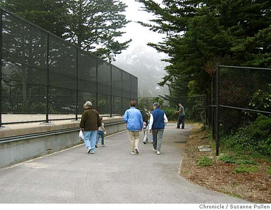 cwsutroreopen06.JPG  FOR CHRONICLEWATCH USE ONLY The path around Sutro Reservoir was reopened on July 1 with Supervisor Sean Eldsbernd and PUC general manager Susan Leal in attendance.7/1/05 in San Francisco. Suzanne Pullen / The Chronicle Photo: Suzanne Pullen