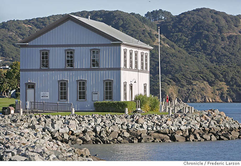 Tiburon Railroad Museum an historic building not far from downtown Main Street of the town of Tiburon where the Pacific Railroad some 100 years ran through. .1/5/07  {Photographed by Frederic Larson} Photo: Frederic Larson