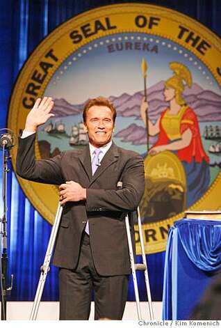 Governor Arnold Schwarzenegger is inaugurated at Sacramento Memorial Auditorium.  Photo by Kim Komenich/The Chronicle Photo: Kim Komenich