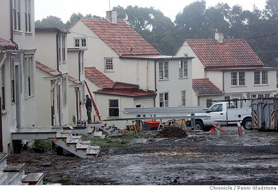 SFPILOTSROW_024_PG.JPG Pilots Row, in the Presidio from the back where they are renovating. National Trust for Historic Preservation awards $50,000 for preservation of Pilots� Row, once headquarters for the Coastal Artillery Corps that guarded the entrance to the Golden Gate Bridge during WWI. Grant funds will be used by The Presidio Trust to restore the homes for civilian use and to help preserve a national park and National Historic Landmark District. The San Francisco Chronicle, Penni Gladstone  Photo taken on 6/8/05, in San Francisco, Photo: Penni Gladstone