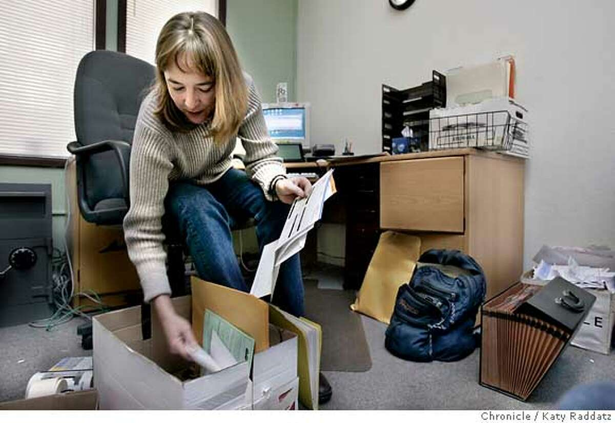RENTAL16_rad.jpg Story about two Bay Area rental listing firms have closed in the last several weeks amid weak demand and competition from free online bulletin boards. SHOWN: At Homefinders in Berkeley, recently closed, we find Dana Goodell, the owner of Homefinders, packing up her office and clearing out. Katy Raddatz / The Chronicle MANDATORY CREDIT FOR PHOTOG AND SF CHRONICLE/ -MAGS OUT