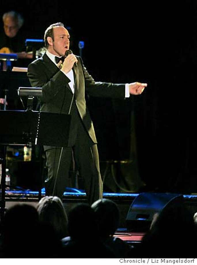 "spacey014_lm.JPG Event on 12/5/04 in San Francisco. Actor Kevin Spacey, doing Bobby Darin's act at Bimbos 365 Club in a brief tour at nightclubs across the country. He is promoting his new movie ""Beyond the Sea."" Liz Mangelsdorf / The Chronicle MANDATORY CREDIT FOR PHOTOG AND SF CHRONICLE/ -MAGS OUT Photo: Liz Mangelsdorf"