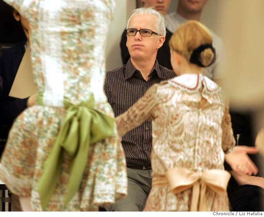 "NUTCRACKER_061_LH.JPG Artistic director Helgi Tomasson during rehearsal of the new SF Ballet production of ""The Nutcracker."" Shot on 12/9/04 in San Francisco. LIZ HAFALIA/The Chronicle MANDATORY CREDIT FOR PHOTOG AND SF CHRONICLE/ -MAGS OUT Photo: Liz Hafalia"