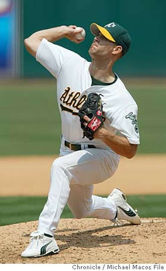 ATHLETICS4-C-03AUG02SP-MAC Oakland's starting pitcher Tim Hudson gets the win today against Detroit. Oakland Atletics v. Detroit Tigers. by Michael Macor/The Chronicle Photo: MICHAEL MACOR